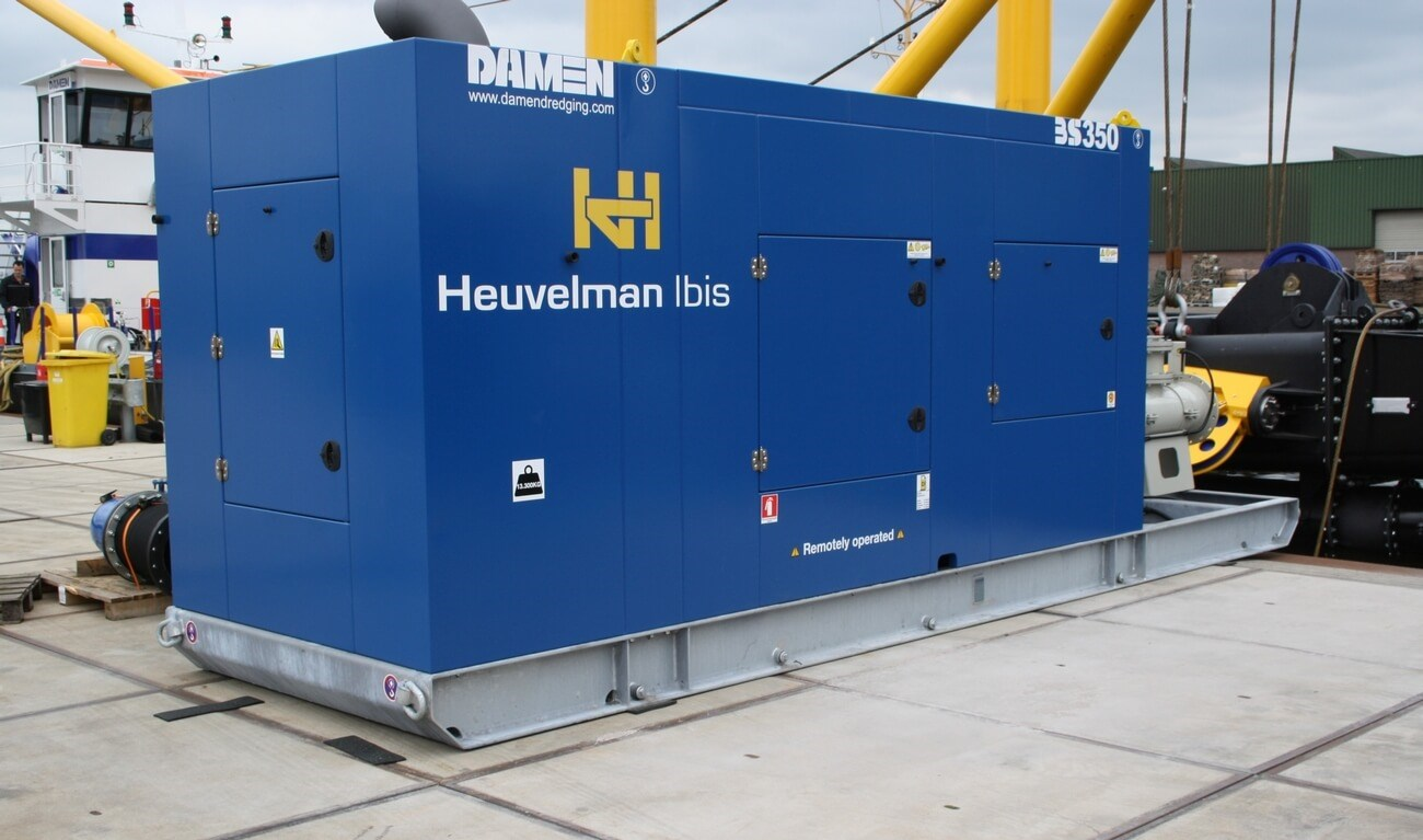 Two identical booster stations were delivered for the Dutch contractor Heuvelman Ibis.