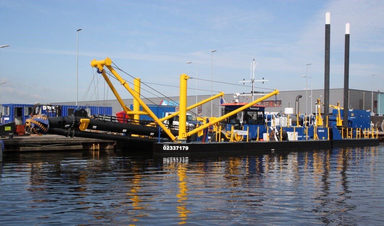 Dutch contractor Heuvelman Ibis ordered a CSD350 complete with anchor booms