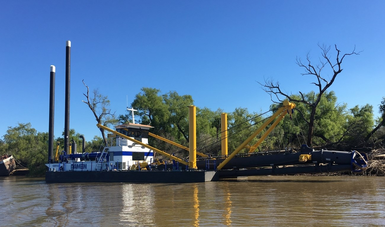 The CSD500, which has been named LA PORTUARIA, will be used for dredging operations on the Argentinian Paraná river.