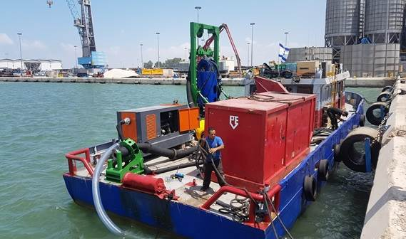 The DOP and frame are placed on board of a workboat with plenty deck space for a hydraulic power pack and jet pack