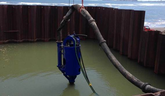 The DOP200 requires sufficient transport water for the dredged mixture