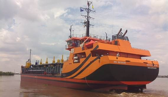 The efficient hopper dredger can be customised by using a wide array of options
