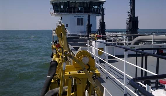 The starboard trailing pipe can be fitted out with state-of-the-art Damen dredging instrumentation