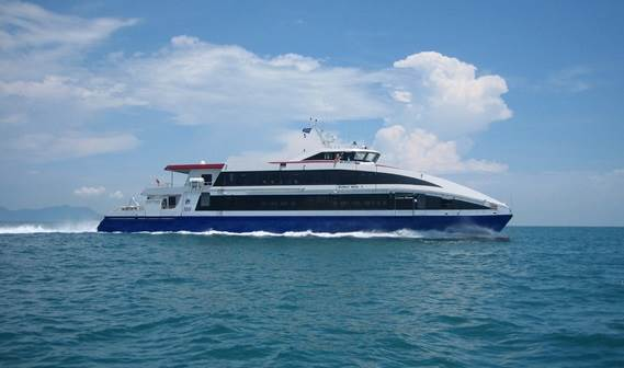 In April 2009 the two Damen Fast Ferry 4212, 'Wan Sendari' and 'Wan Seri Beni' were successfully delivered from China's Afai Southern Shipyard (Panyu Guangzhou) to Bintan Resort Ferries in Singapore.