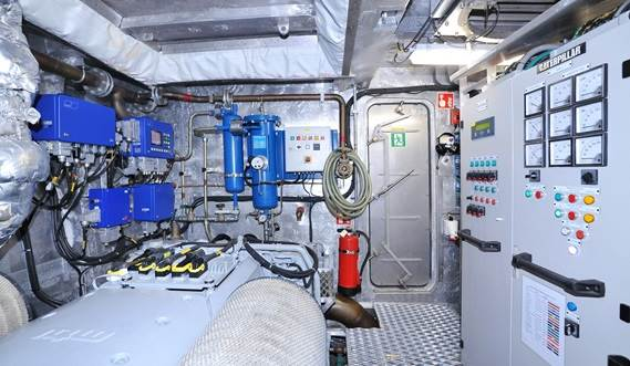 "Spacious ""unmanned"" engine room"