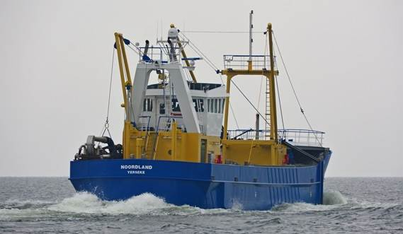 Innovative Ballast System at Razor Shell Dredger 4309