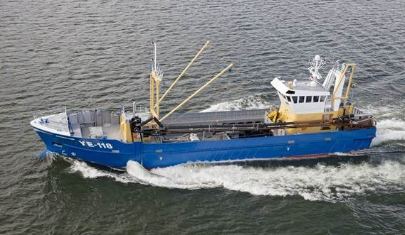 Razor Shell Dredger comprises a 5.5–tonne basket for dredging the razor shells