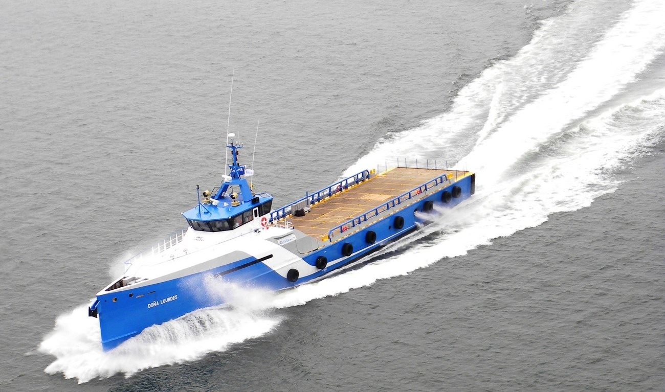 On May 18, 2012, Damen handed over the new Fast Crew Supplier 5009, 'Doña Lourdes', to Mexican client, Naviera Integral