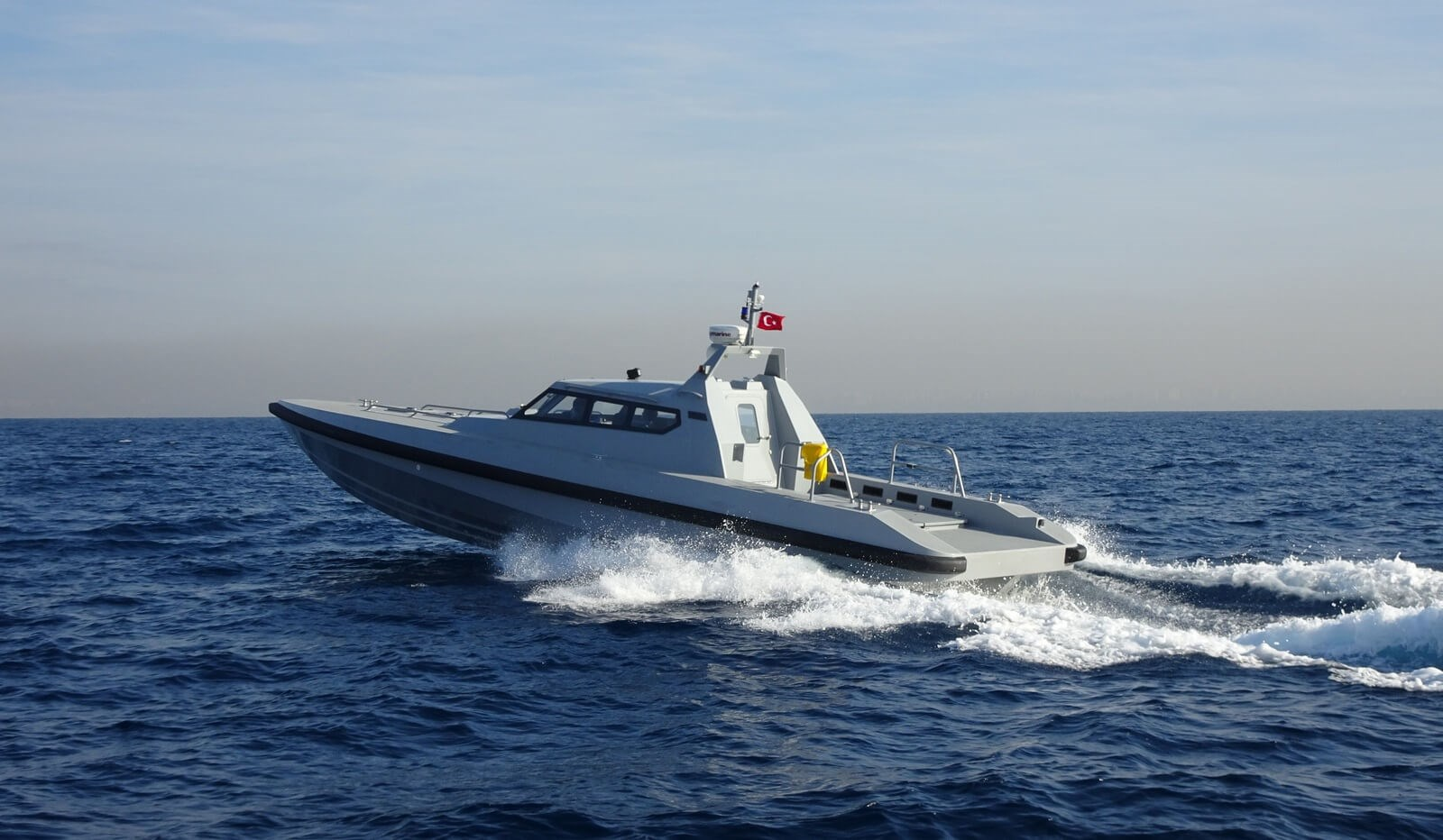 High speed Interceptor 1503 Closed Cabin vessel