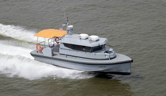 Twin waterjet propulsion units give excellent manoeuvrability at high speed