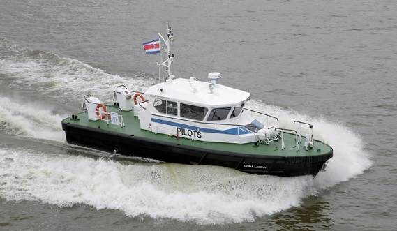 The Damen Stan Tender class is one of our most effective workboats for harbour services