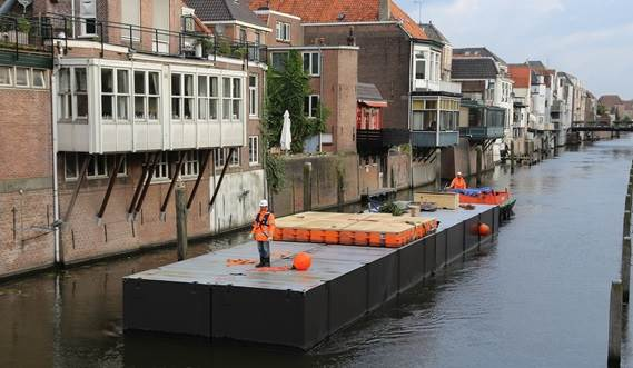 The Damen Modular Concert Pontoon can be towed to any desired location.