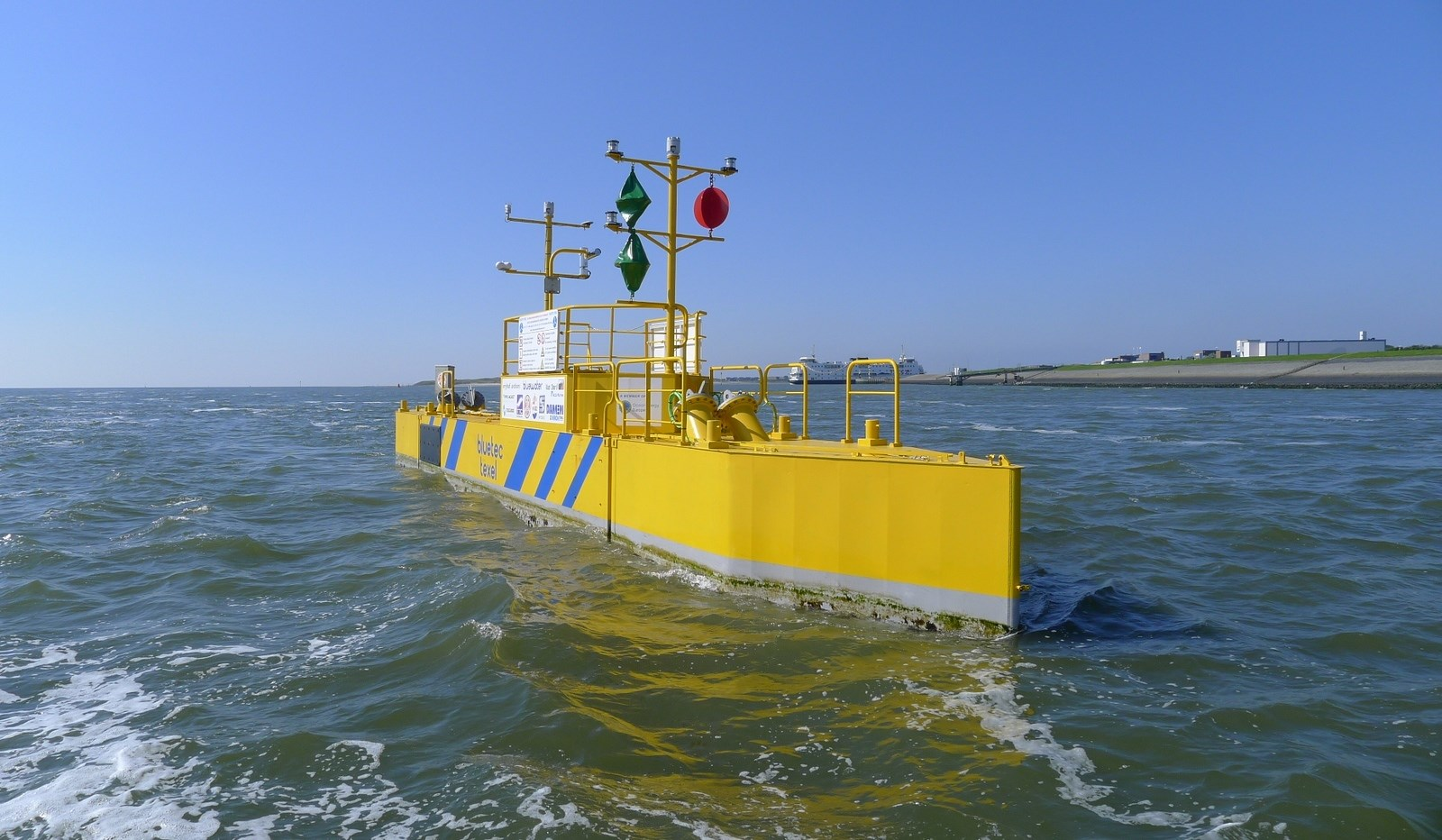 Modular Tidal Turbine 2402 Can Supply Clean Energy To Islands And Generating Electricity The Damen Is A Pontoon For From Tides