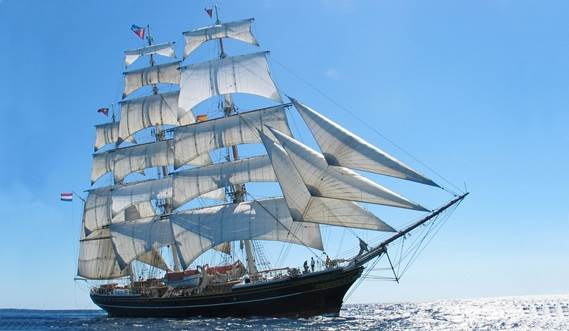 Sail Training Vessel 2630 'Stad Amsterdam' under full sail