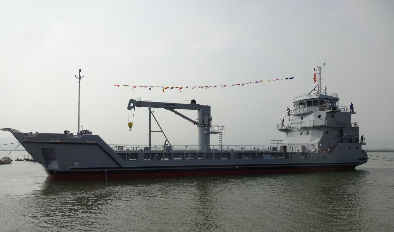 Damen Stan Lander 5612 is highly versatile logistic support vessel