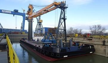 In December 2017 the 'Harvest Danube' Crane Barge 6324 left the Damen yard for its delivery voyage.