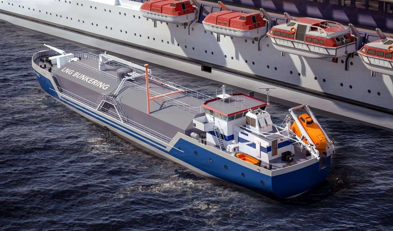 Modern design of wheelhouse and crew accomodation at Damen Liquefied Gas Carrier 1500 LNG
