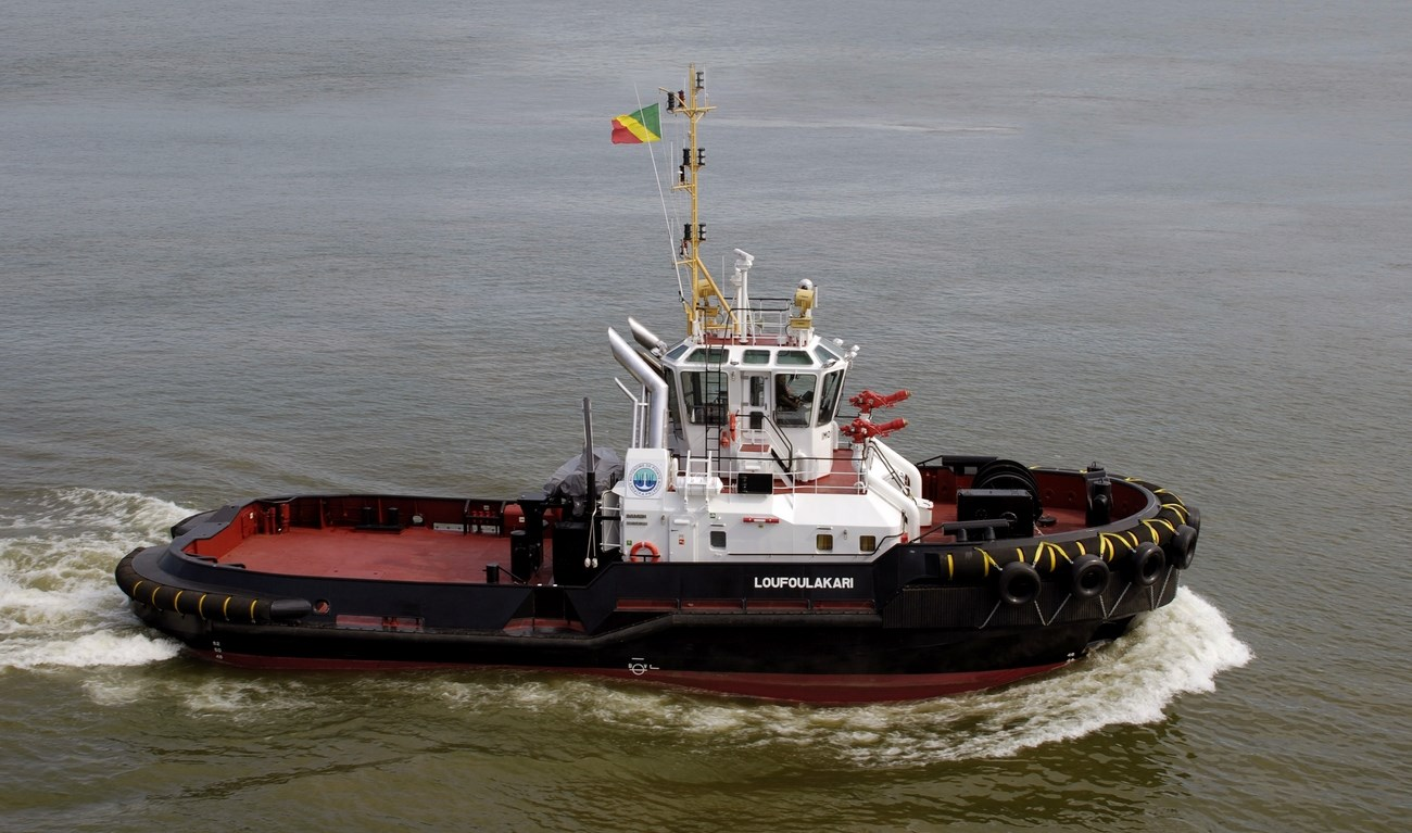 On 7 September 2011 Port Autonome de Pointe-Noire took delivery of its new Damen ASD Tug 2810 'Loufoulakari'.