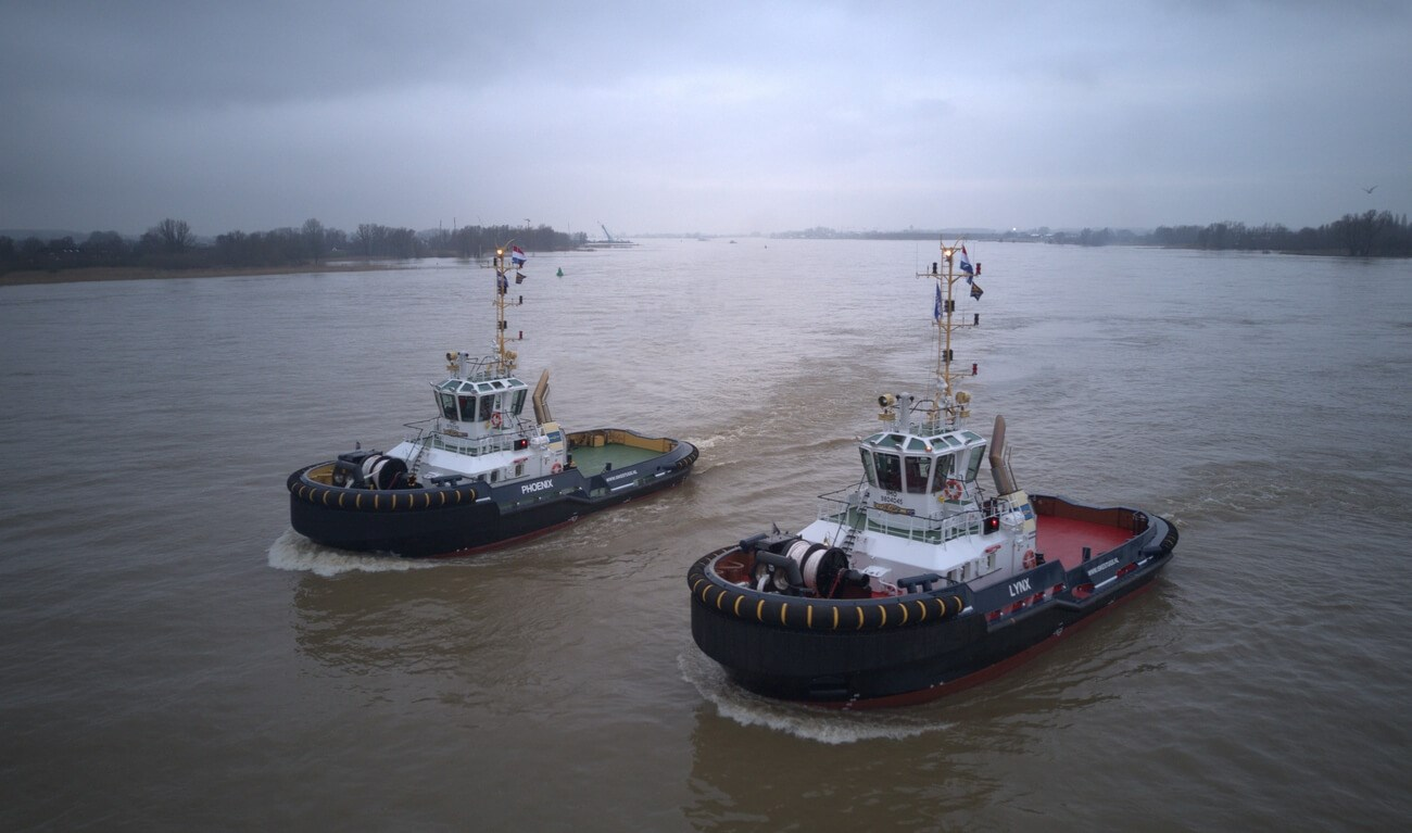 "ASD Tugs 2810 ""Phoenix"" and ""Lynx"""