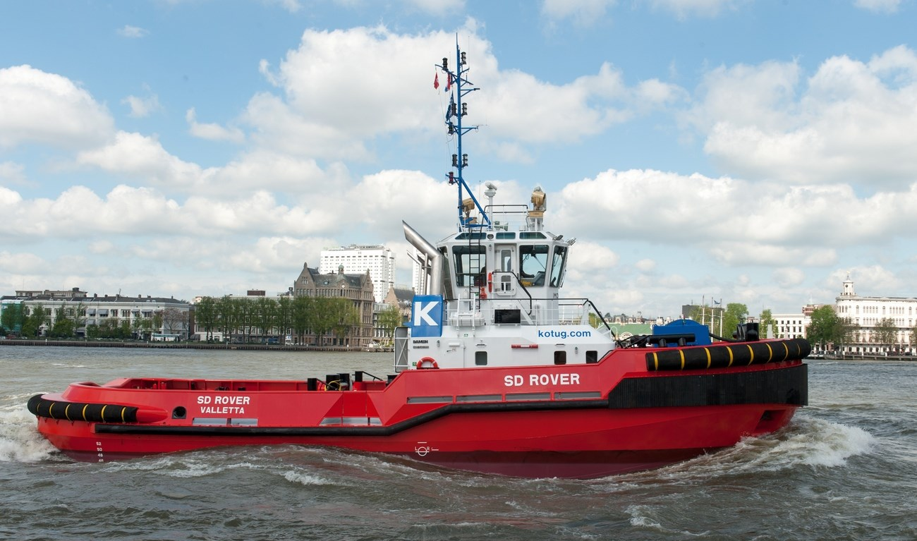 The tug has a low centre of gravity and an extremely high GM value of 2m.