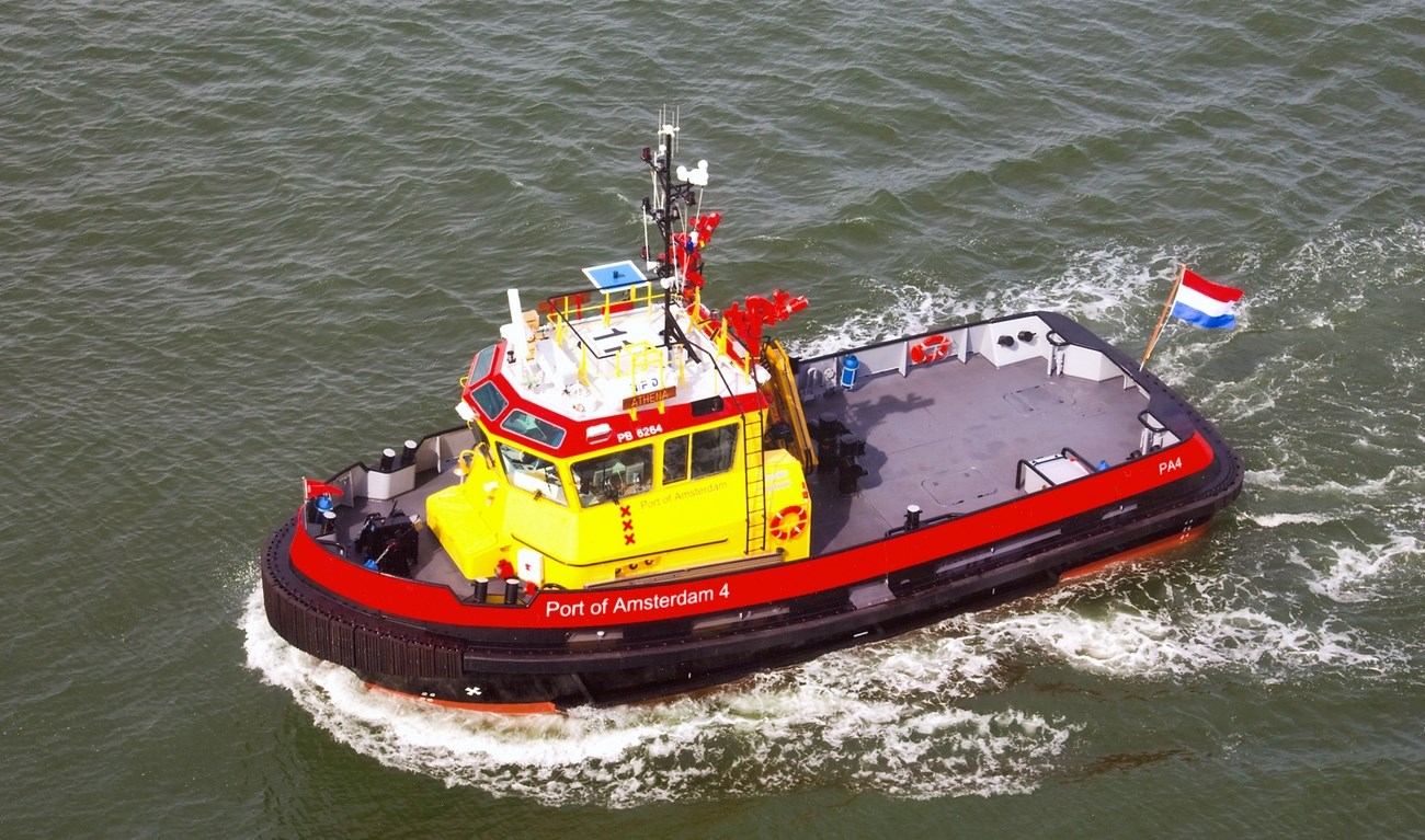 'Athena', a newly built surveillance/workboat for the Port of Amsterdam has a variety of duties within the port such as patrolling, towing and fire-fighting.