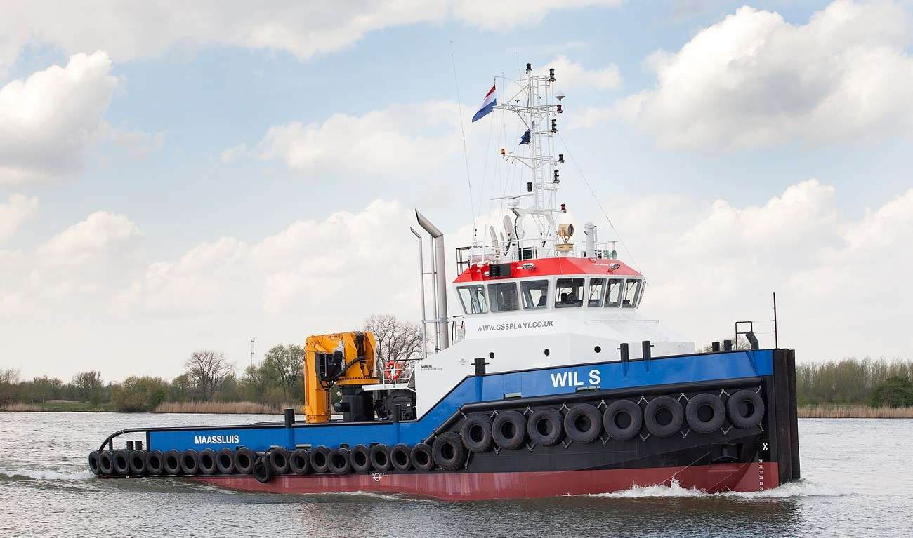 Multi-purpose vessel for harbours, inland and coastal waters