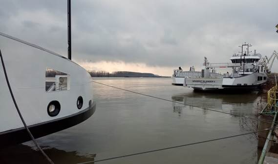 Both ferries at the quay of DSGa_front pic blog (preview)