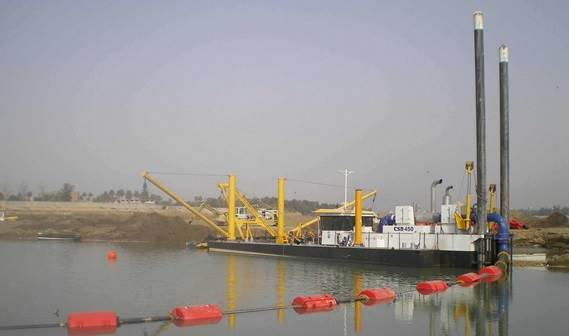 A Cutter Suction Dredger 450 with jib crane and stern swivel was delivered to Iraq.