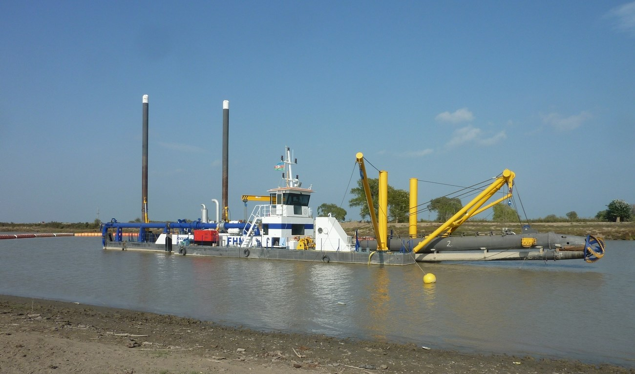 The Cutter Suction Dredgers are used to clean-up and maintain the water system of the Kura River
