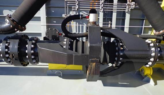 Your Hopper Dredger, our Trailing Pipe