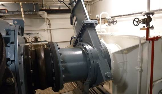 Dedicated rubberring gate valves are mounted in the water injection piping.