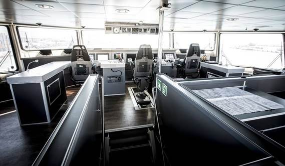 Damen Fast RoPax Ferry 5510 - wheelhouse