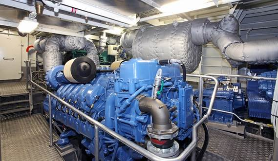 The FCS 5009 is outfitted with a smart ventilation system for the Engine Room