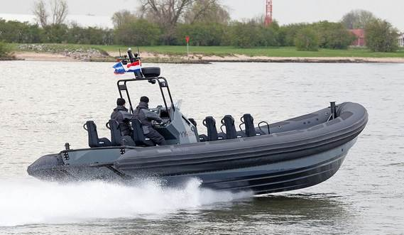 Extreme maneuvrable Damen RHIB at sea trials