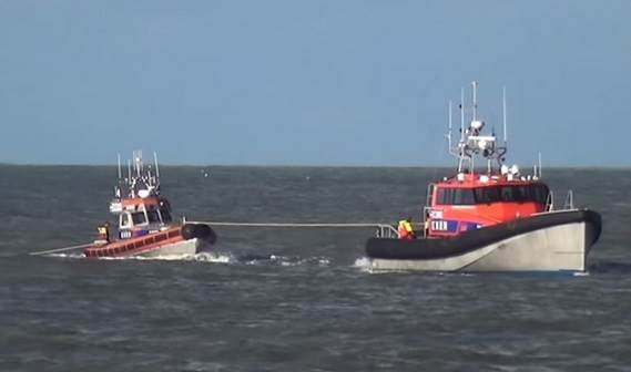 NH1816 & THE SAVIOUR from Katwijk, exercise from Scheveningen