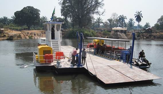 The Damen Modular Barges can easily be transported to remote areas and allow assembly on site