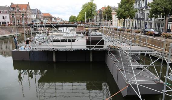Width and length of the Damen Modular Concert Pontoon can be different due to the modular design.