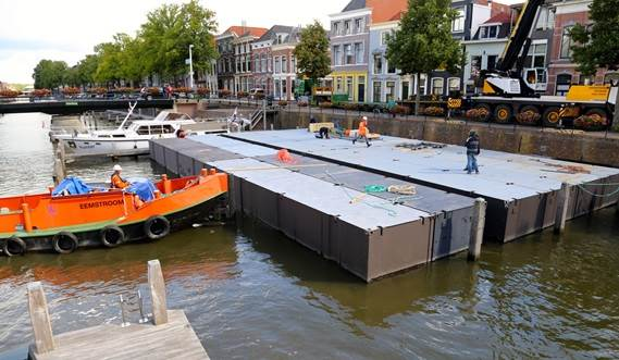 The Damen Modular Concert Pontoon consists of container sized units and can be transported by ship, truck or train.