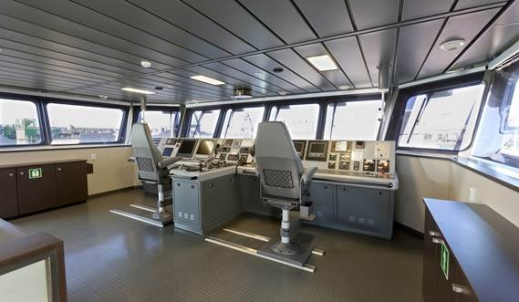 Damen Offshore Patrol Vessel 1000 - bridge