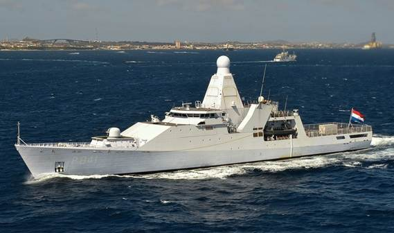 The first two of four OPV's for the Royal Netherlands Navy resp. 'Holland' and 'Zeeland' were transferred to the Defence Material Organisation.