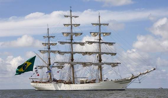 Sail Training Vessel 2630 'Cisne Branco' at a sail parade