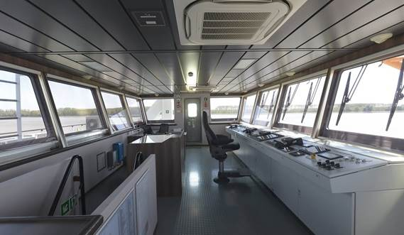 Large windows in the wheelhouse ensure visibility all around