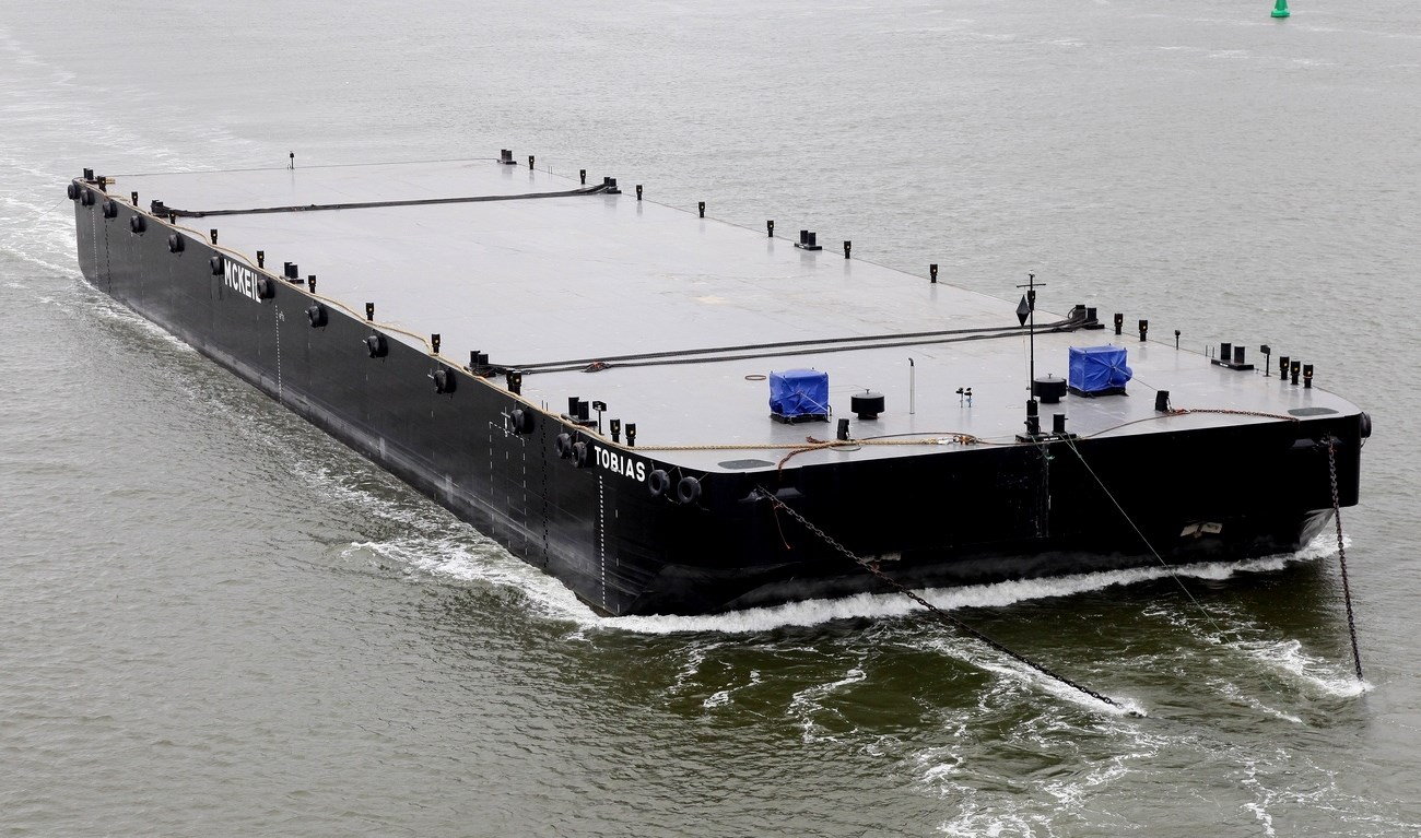 largest Damen Pontoon 120 m length