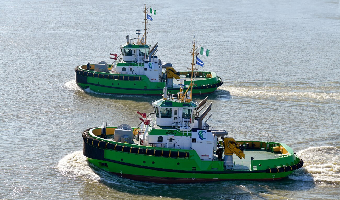 ASD Tug 2913 'Ctow an Sofie' and 'Ctow Kathy'