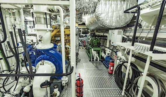 ASD Tug 3212 Engine Room