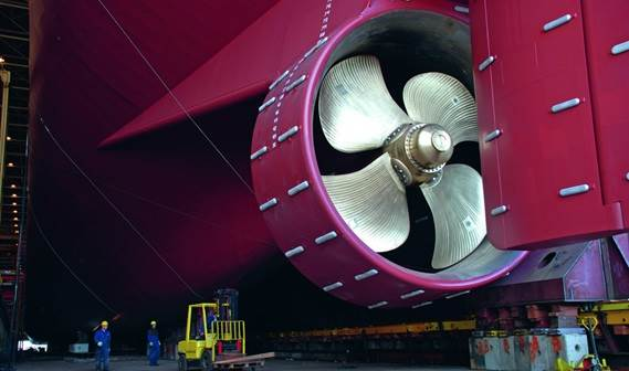 Vessels in the Damen Standard ASD Tug Series are fitted with propeller nozzles with stainless inner rings to improve efficiency and increase their lifetime.