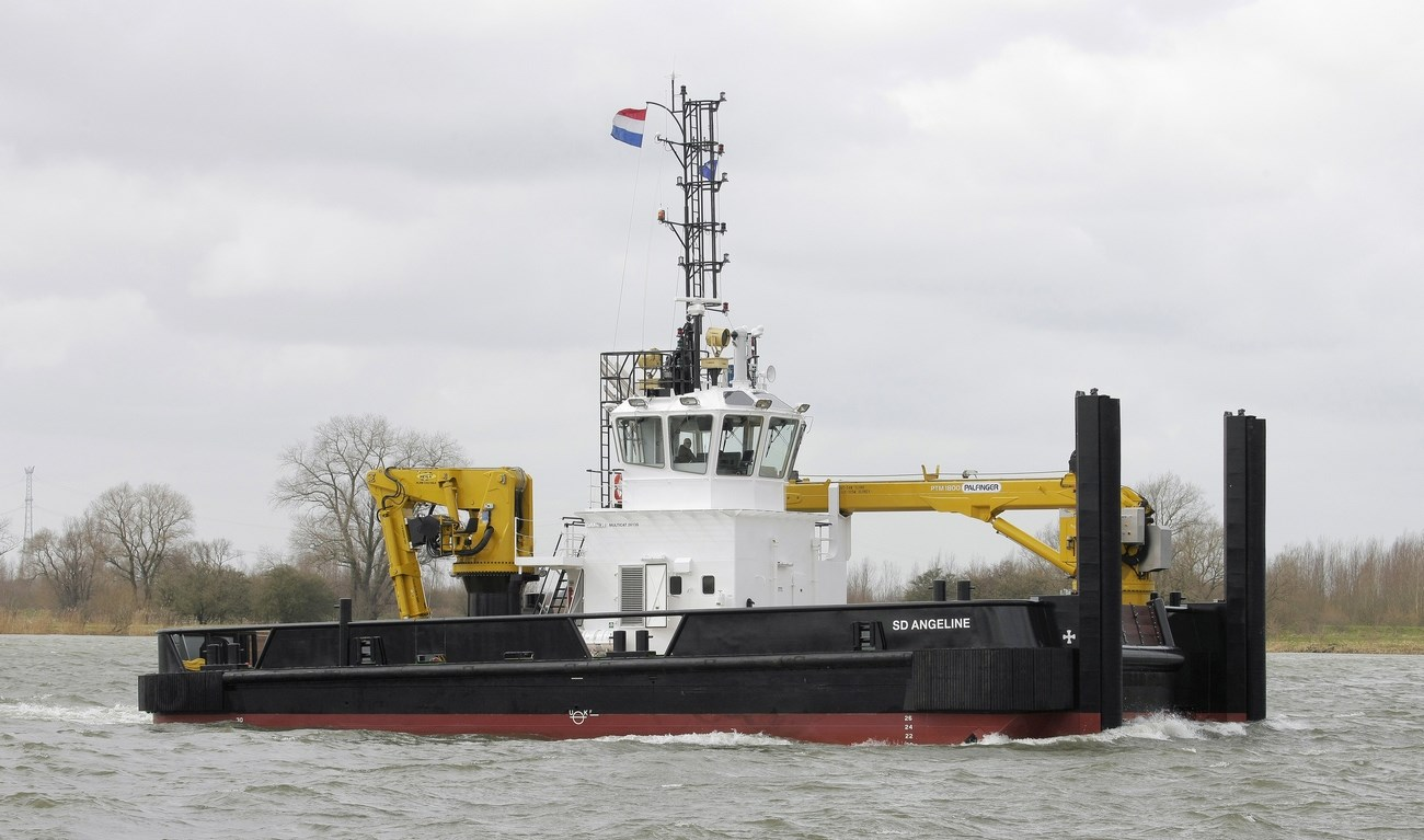 On the 7th of April, 2015 the 'SD Angelina' was handed over to Serco Marine Services