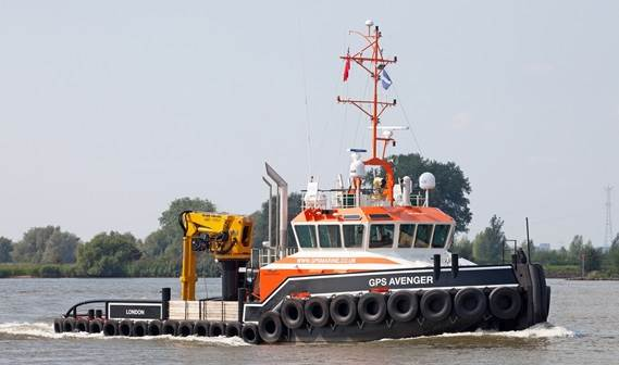 Damen Shoalbusters have impressive lifting capacity and ample deck space for cargo transport.